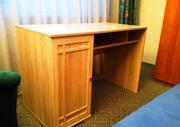 Стильный новый стол Шерлок без дефектов продам